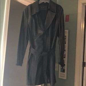 Beautiful leather jacket with tie. XL